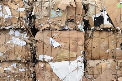 Gaspillage d'emballage papier et carton : les pires entreprises